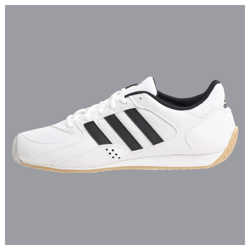 adidas chaussures patinando